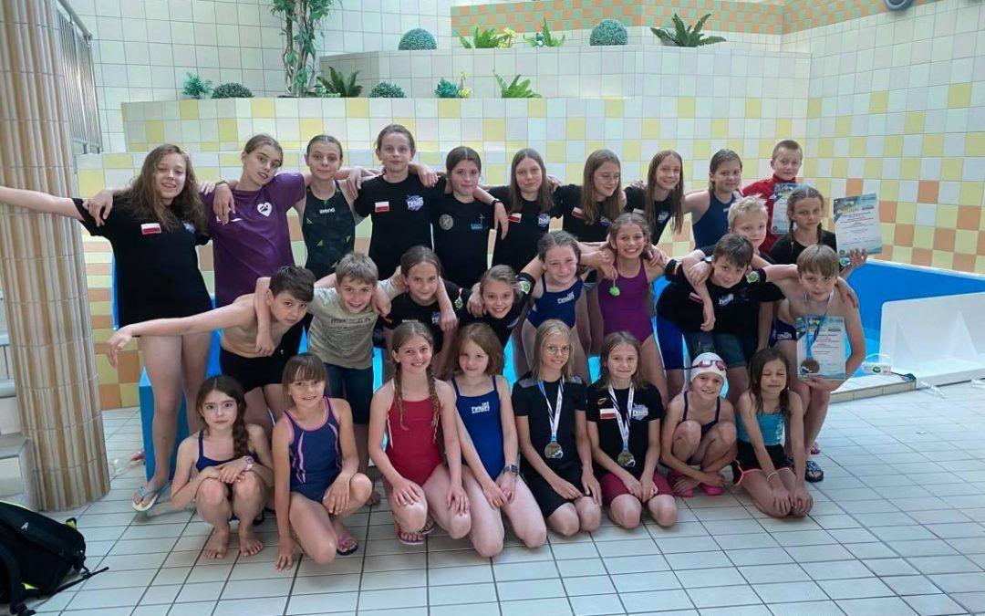 Drużynowy Wielobój Pływacki – Dzieci 10-11 lat, Międzywojewódzkie Drużynowe Mistrzostwa Młodzików – 12 lat.